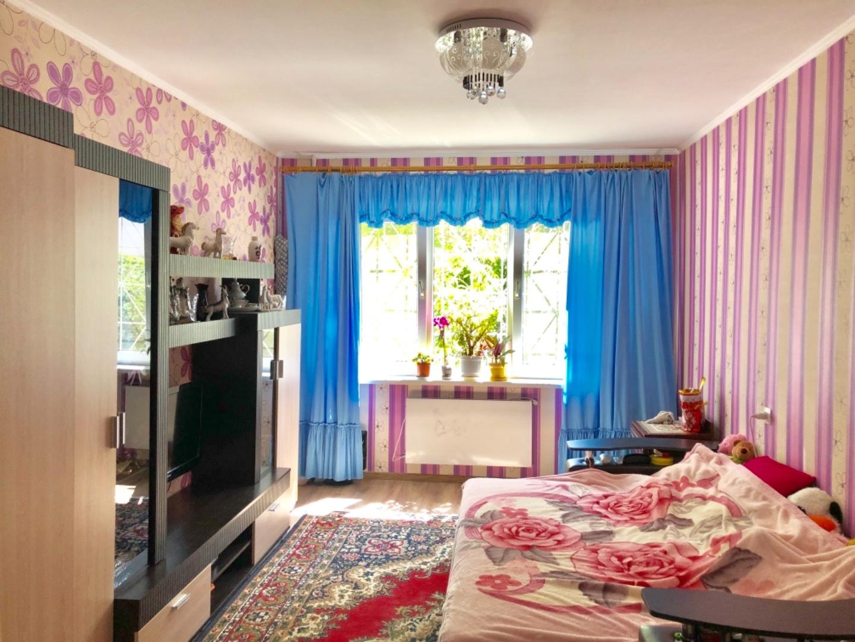 продажа трехкомнатной квартиры номер A-162088 в Суворовском районе, фото номер 6